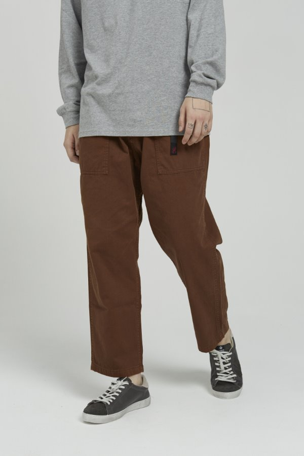 LOOSE TAPERED PANTS BROWN