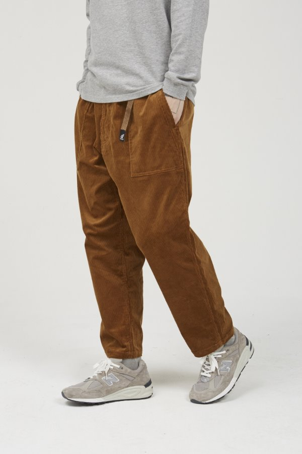 CORDUROY LOOSE TAPERED PANTS CAMEL