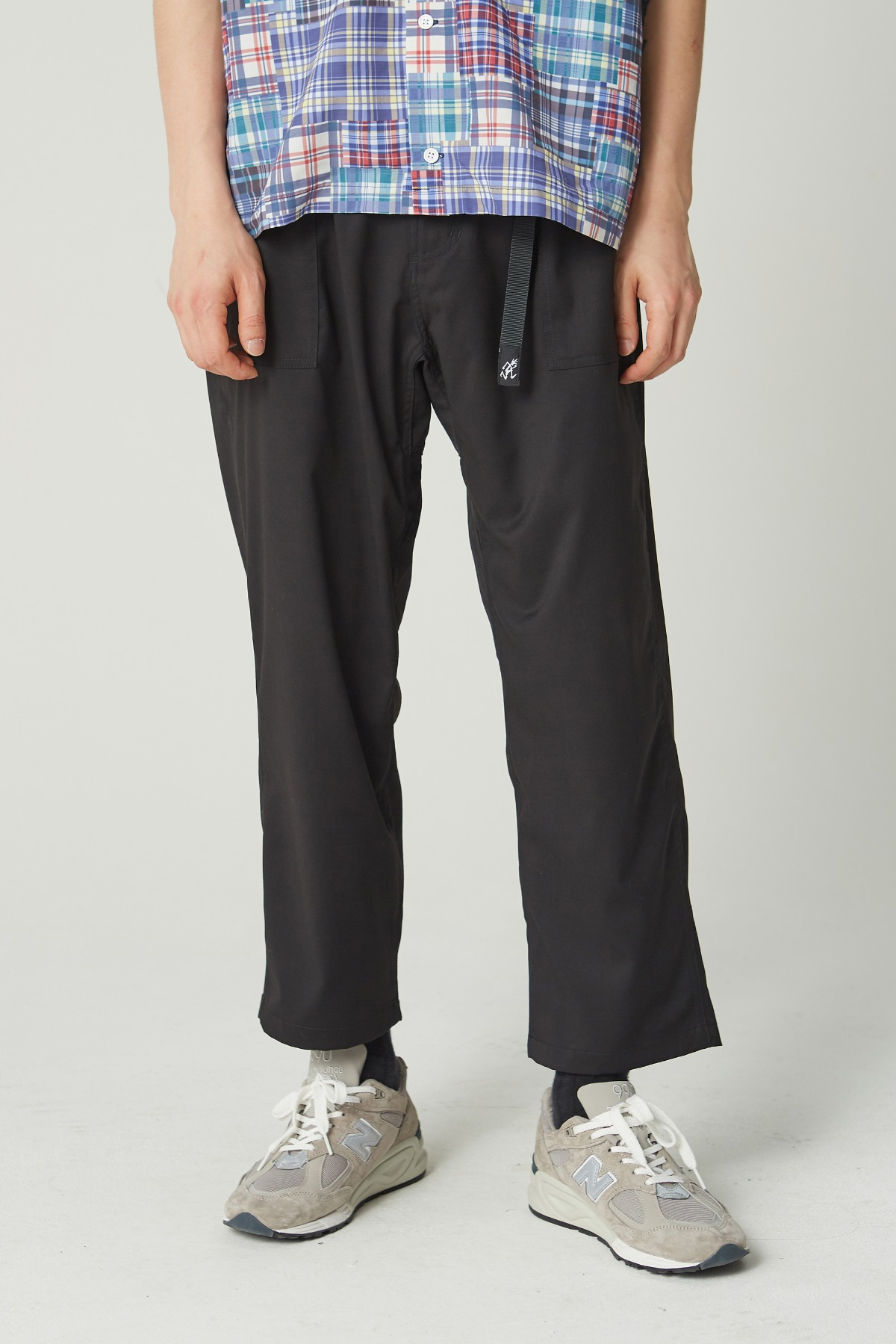 GABARDINE LOOSE TAPERED PANTS BLACK