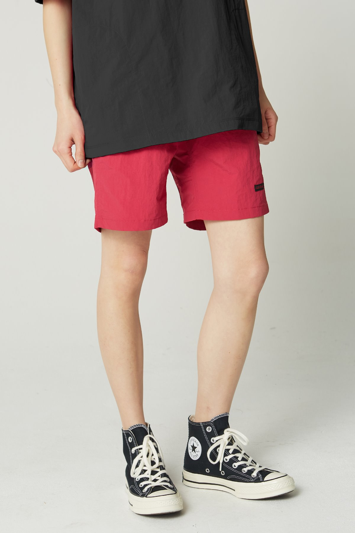 SHELL PACKABLE SHORTS RASPBERRY